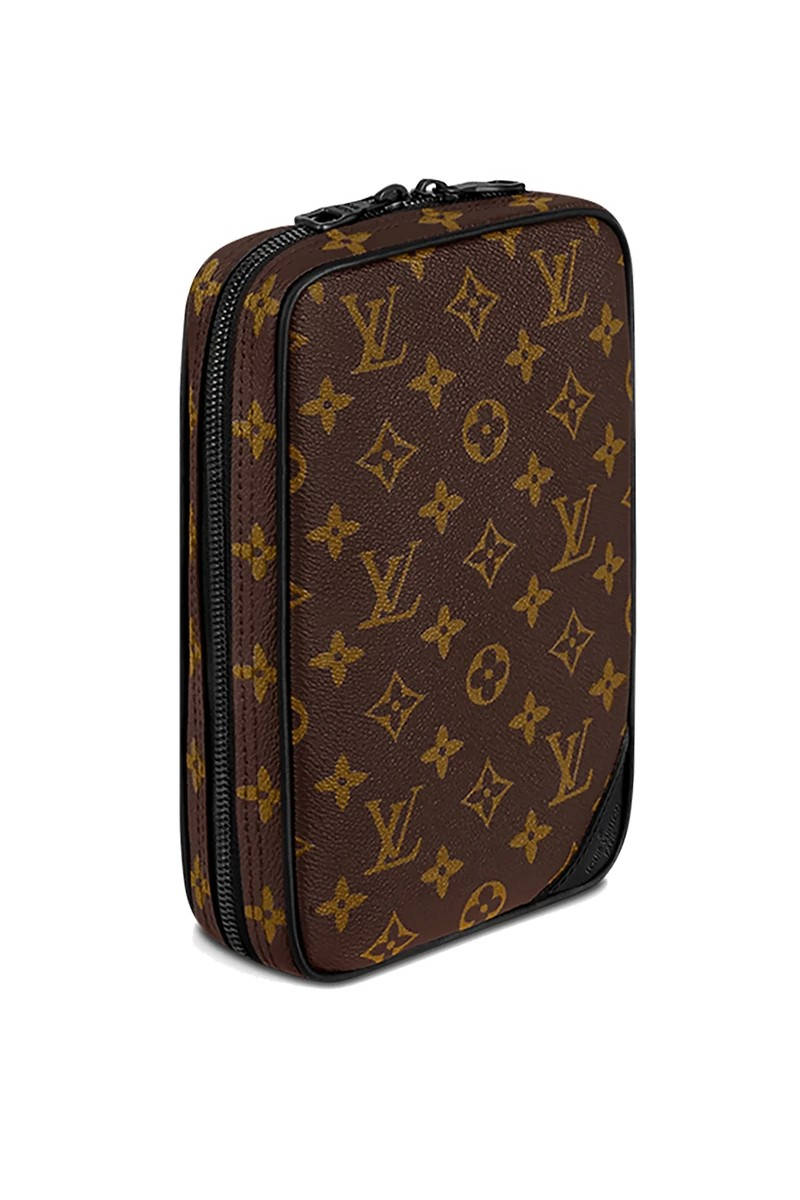 https___hypebeast.com_wp-content_blogs.dir_4_files_2020_07_24s-louis-vuitton-uti.jpg